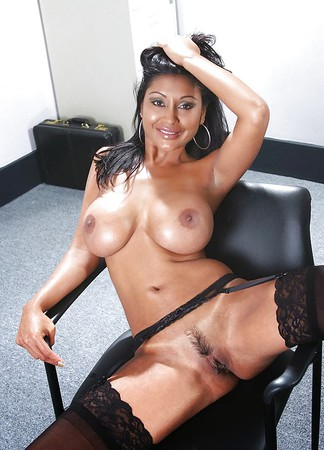 Desi Sluts for tribute 2