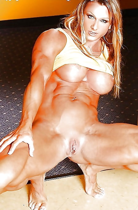 Nude amateur muscle chicks — pic 13