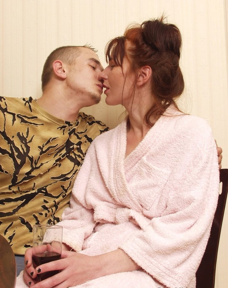 Russian mommies prefer young stallions - 292 Pics