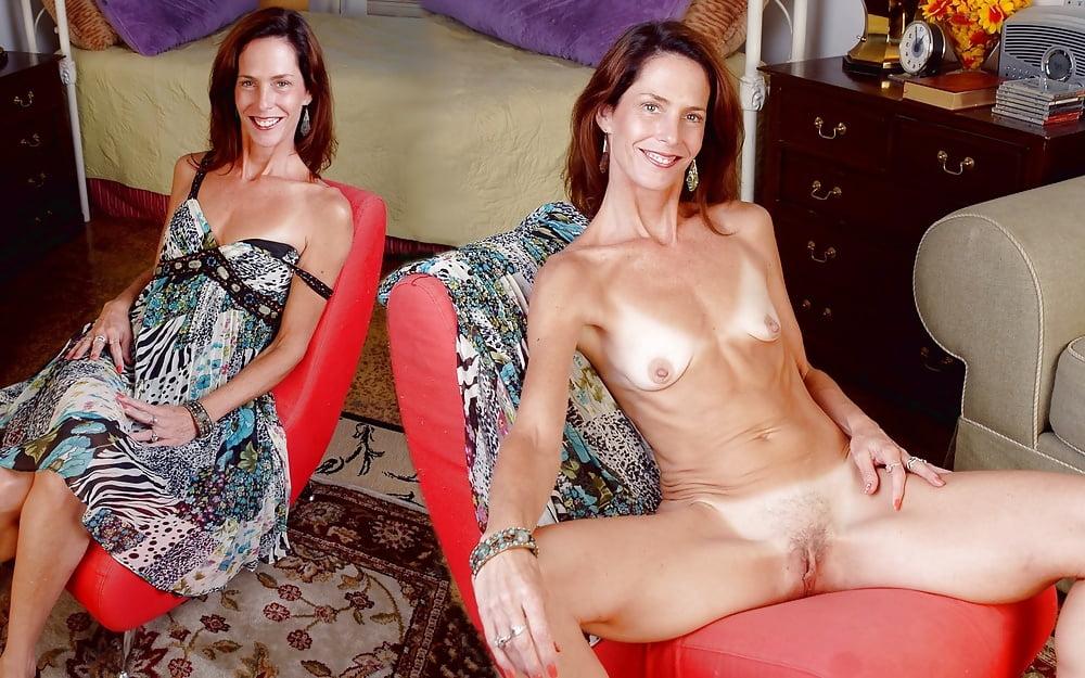 naked-skinny-moms