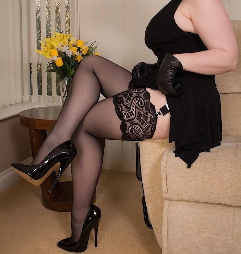 Best stockings milfs pics