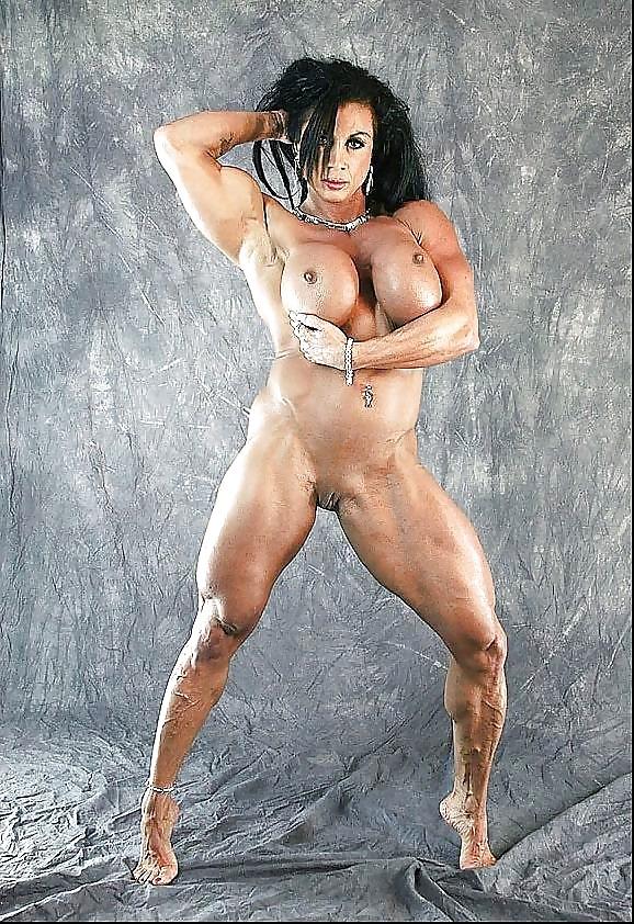 female-bodybuilder-titties-rebecca-love-deepthroat