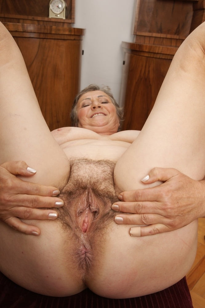 Old hairy pussy pics, naked mature women sex