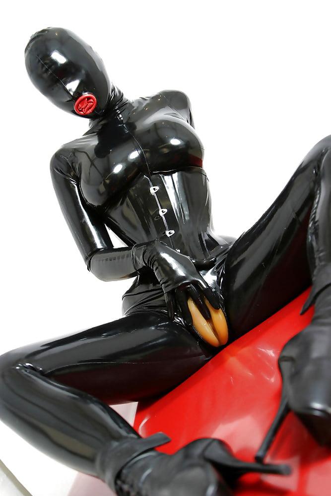 Latex porn pics, catsuit sex images, rubber porno
