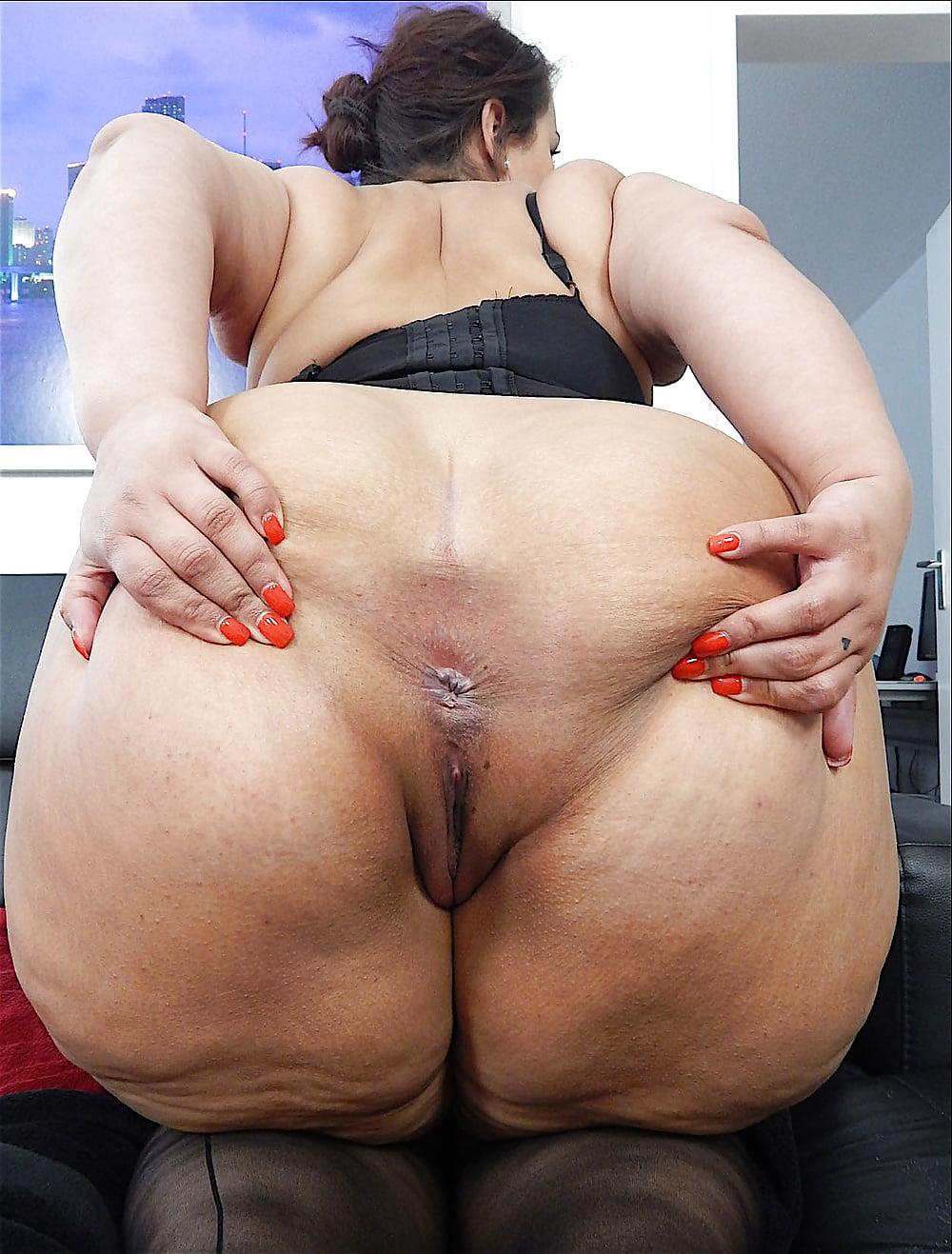 fat-ass-latina-mom
