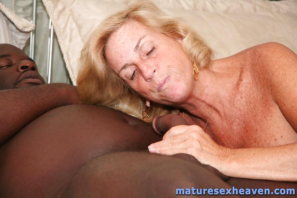 Huge dildo for her