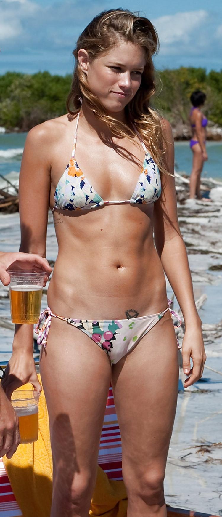 hairy-pussy-bikini-amateur