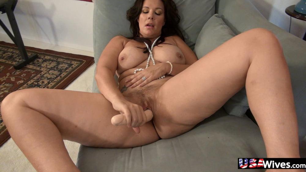 Hot babes with big natural tits-1273