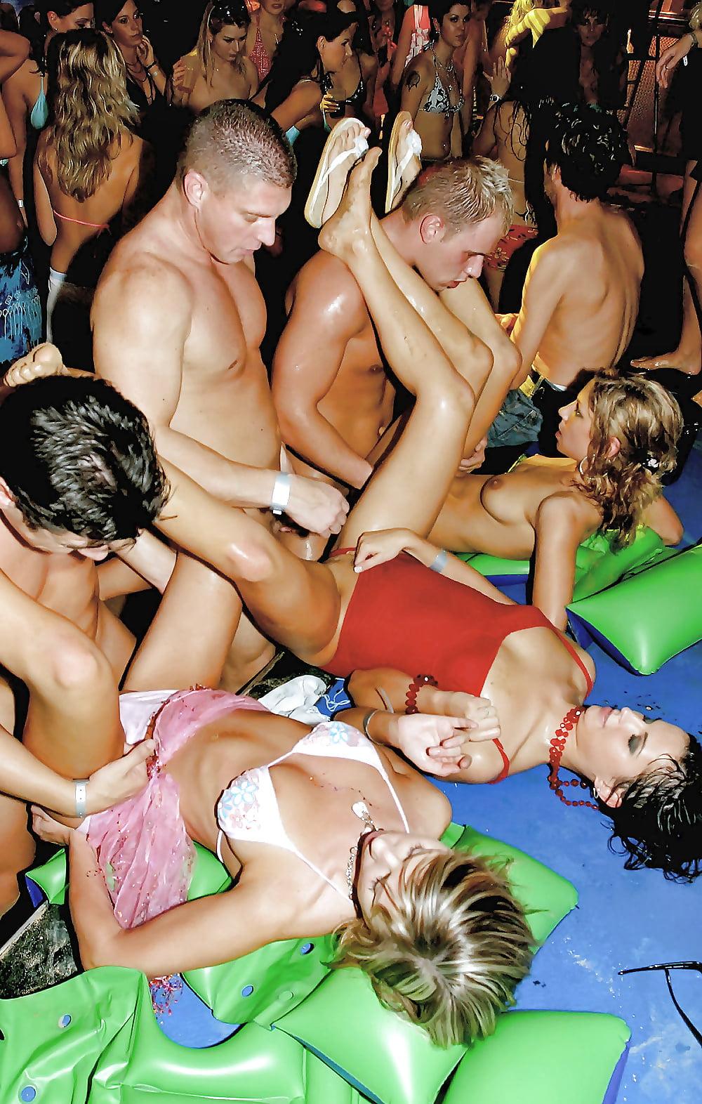 Свинг вечеринки в омске фото, русская порнуха массаж мужику