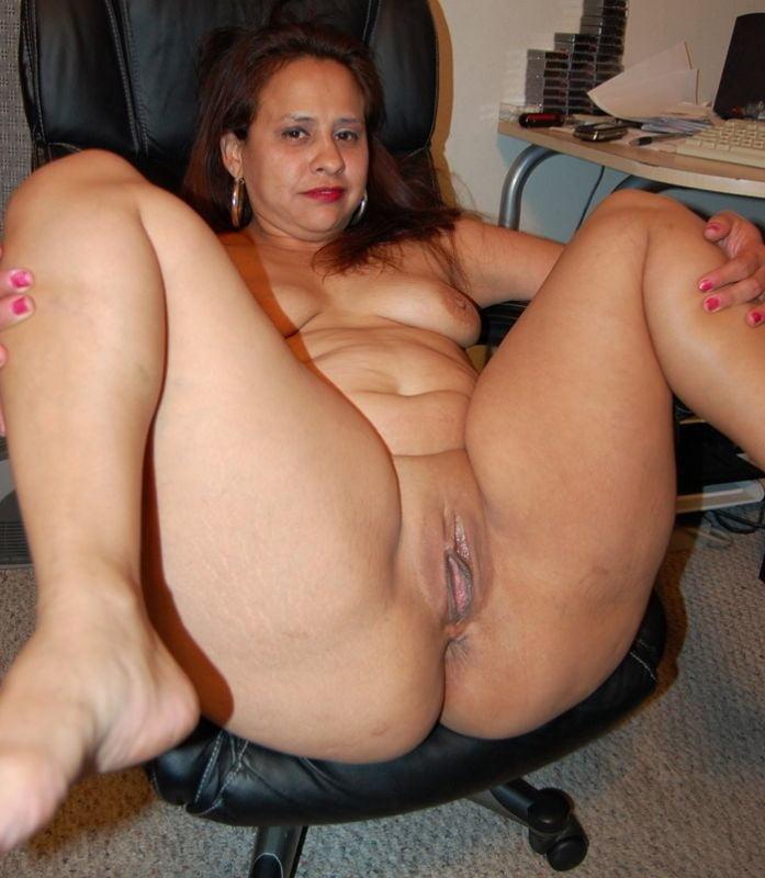 Sexy fat milf porn
