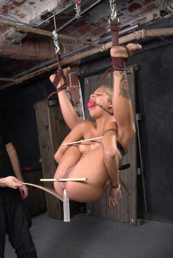 Being A Submissive In A Bdsm Relationship