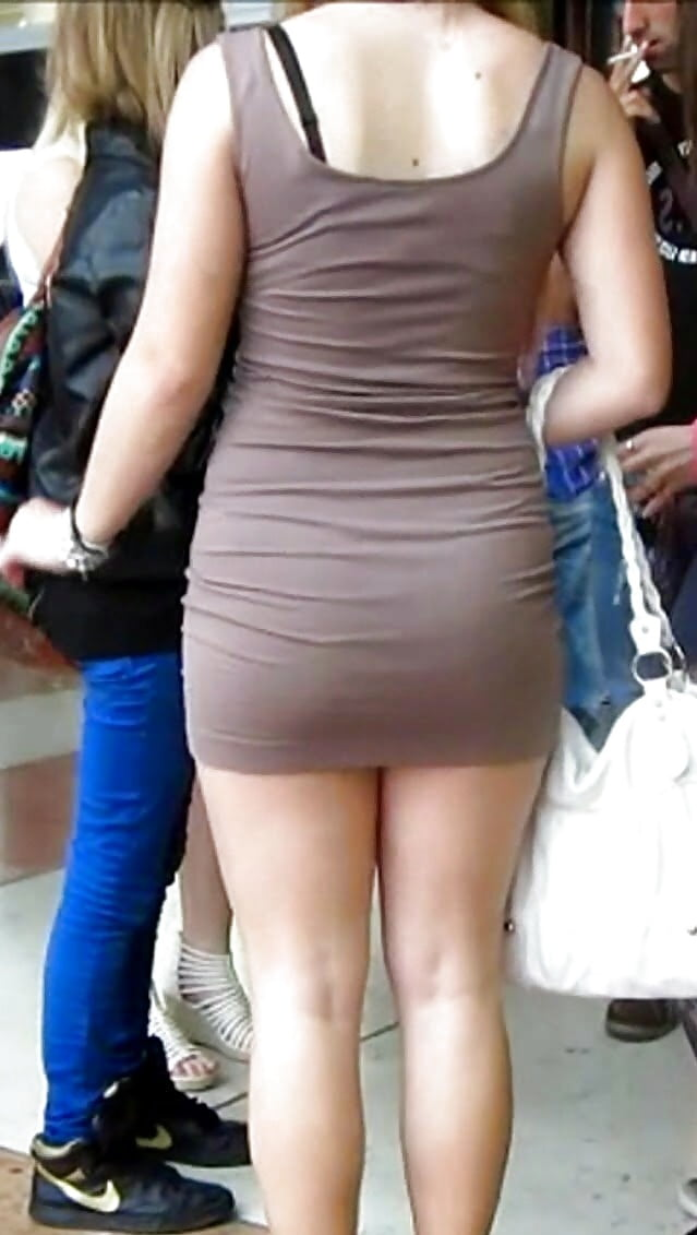 Candid asian miniskirt street creepshot curvy — photo 7