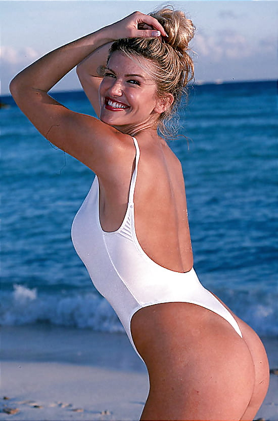 How do i choose the best plus size bathing suit