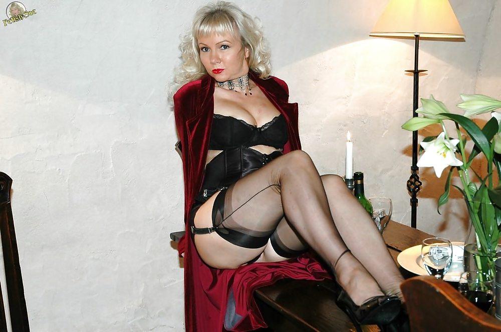 Nylon extreme mistress