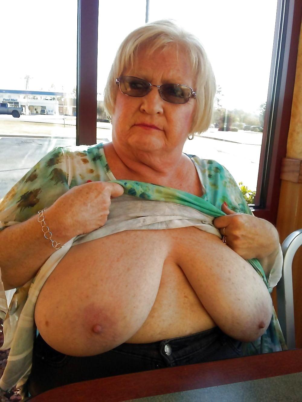 Black Granny Nude Pics, Granny Porn Photos