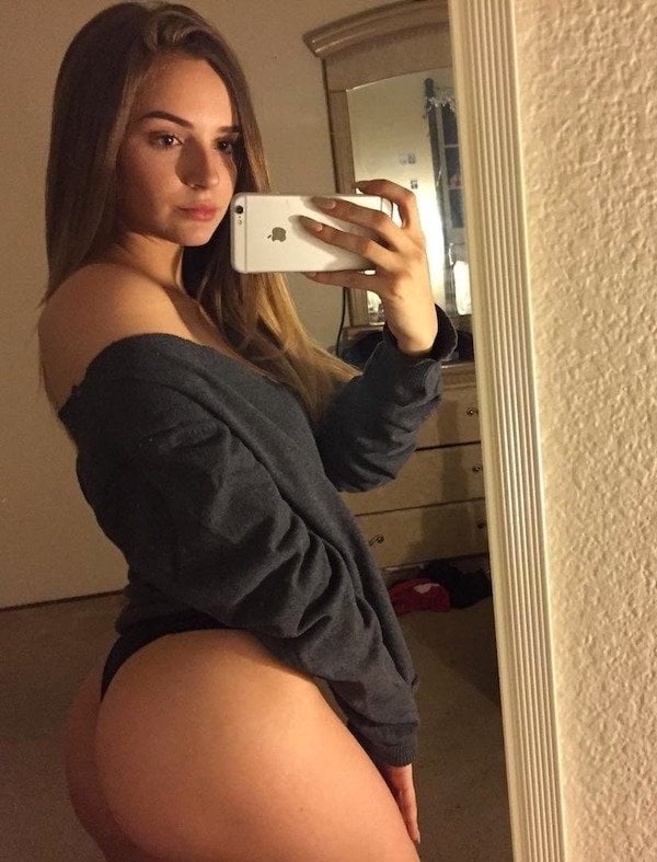 Thick white booty nude-9569