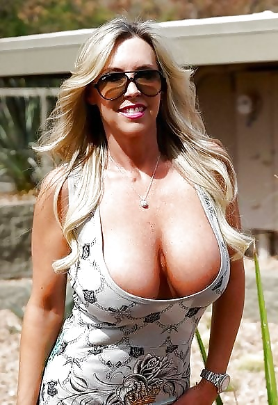 Sexy blonde hd porn-6828