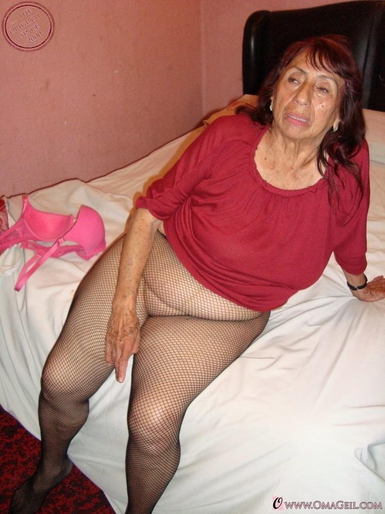 LATIN GRANNY BIG TITTS- 15