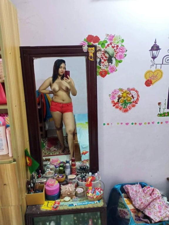 Bipasha sexy full hd-5701