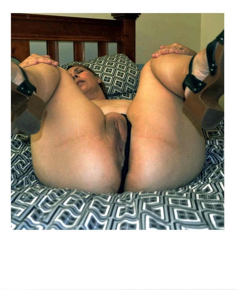 Sluts 071 - 50 Pics