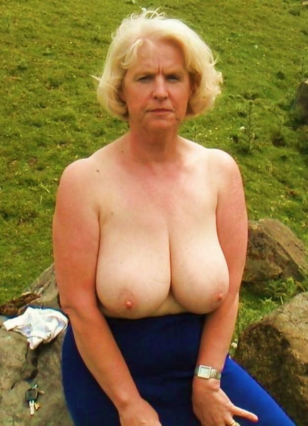 Floppy tits