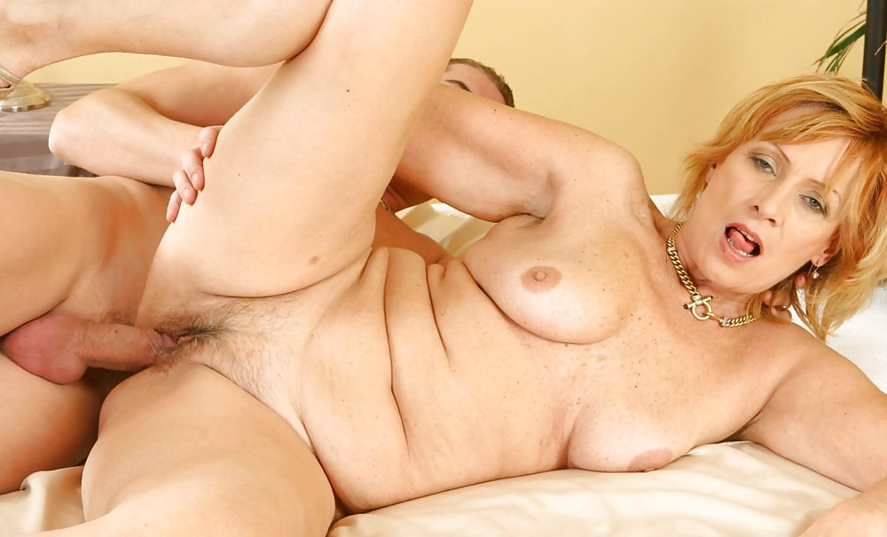 Older woman xxx video