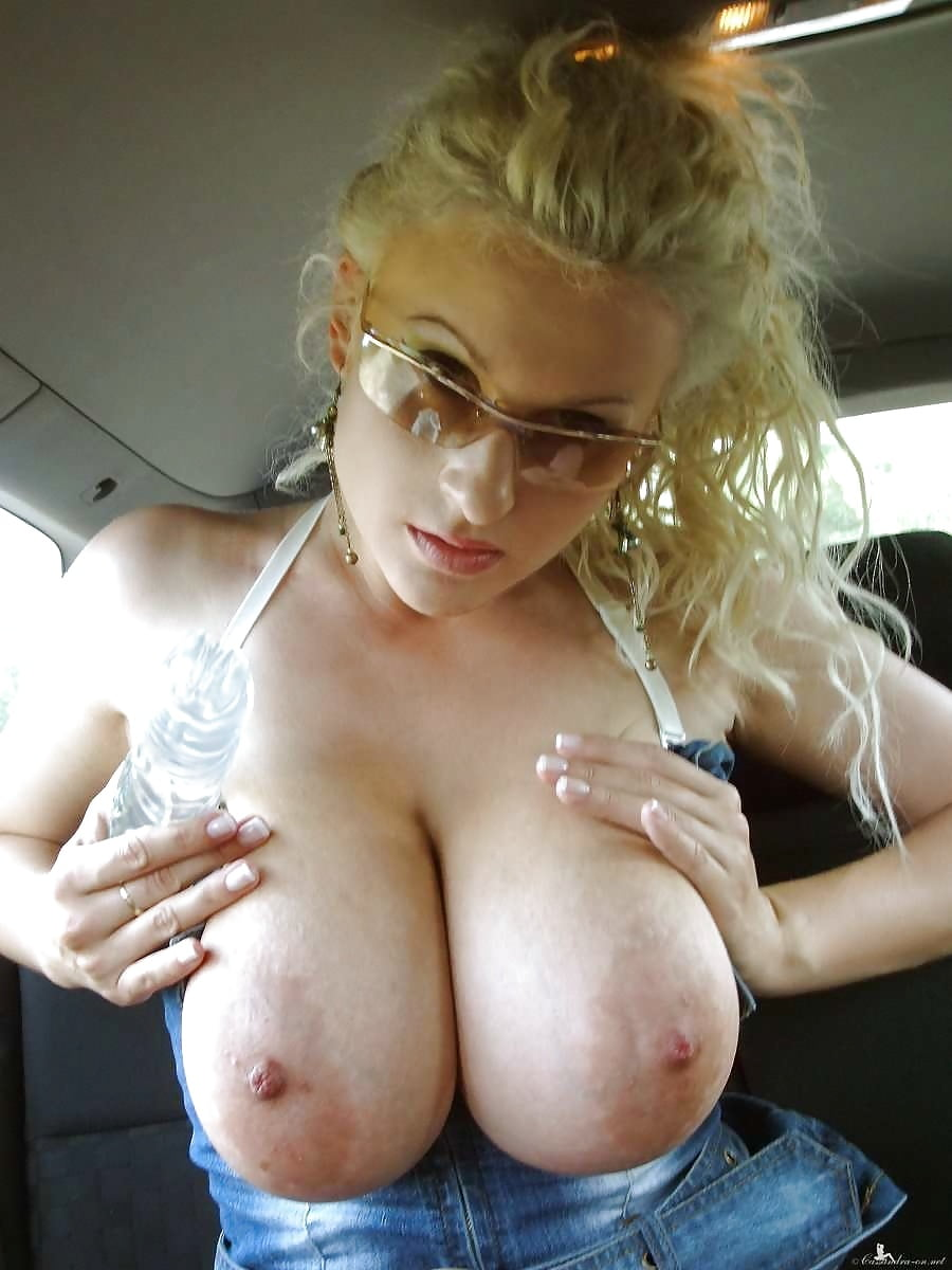 huge-tits-hitchhiking-hottestpussy-gifs