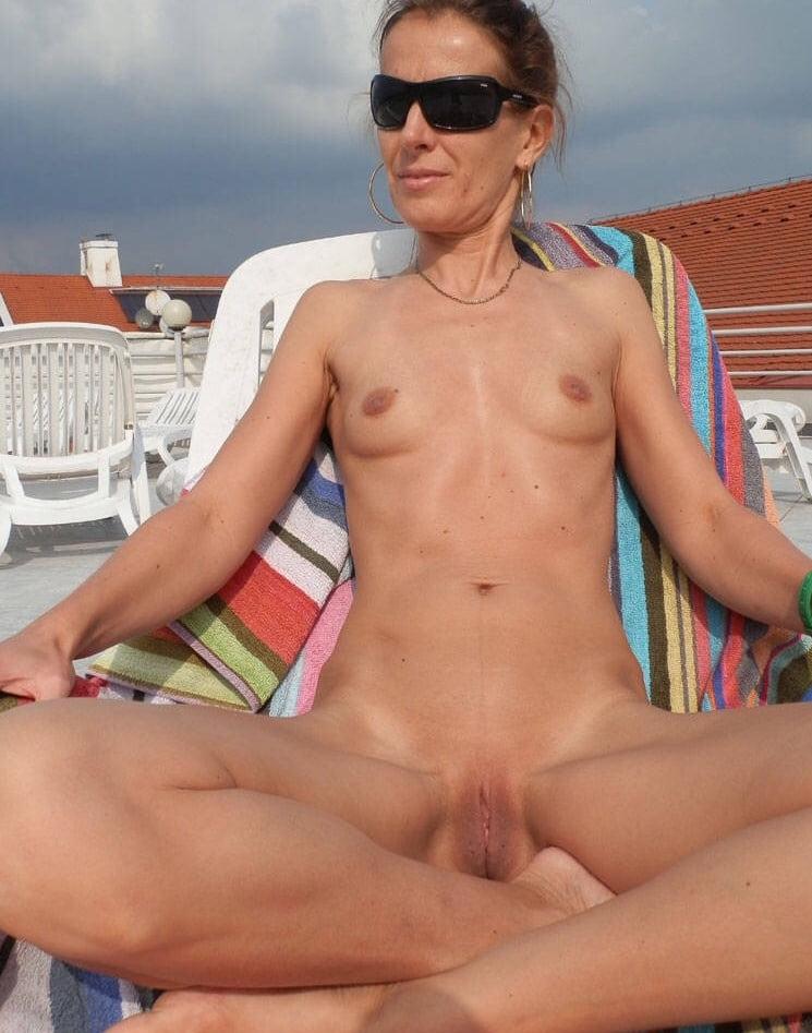 Hot milfs big boobs