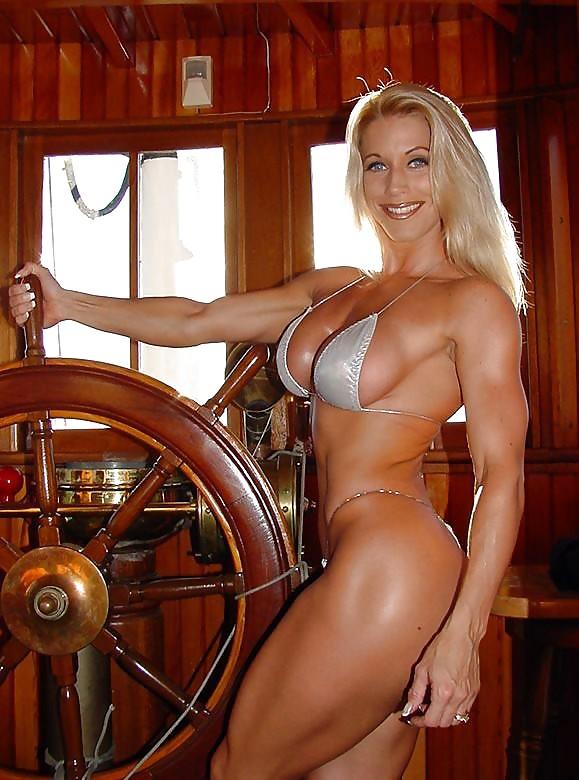 nude-female-muscle-galleries