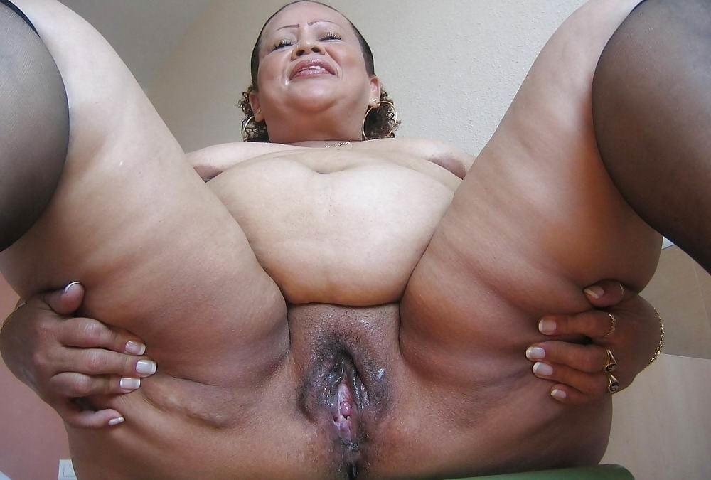 Mature Swinger Granny
