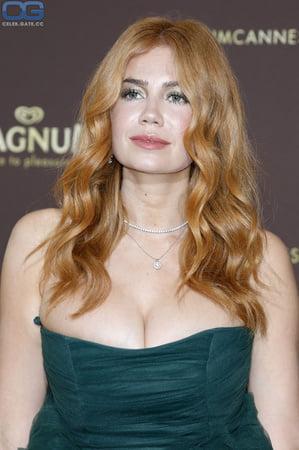 Tits palina Paulina Andreeva