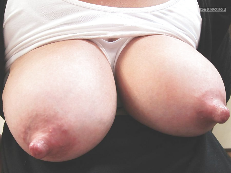 Big big tits giant nipples, free big tits nipples porn photo