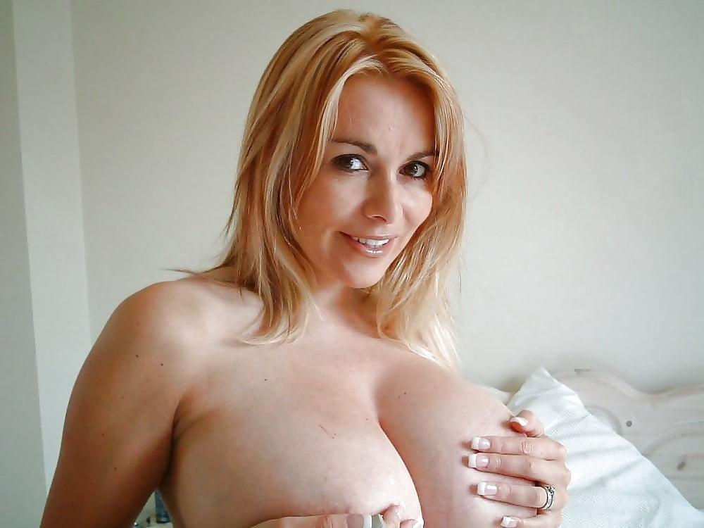 Mommy tits pics