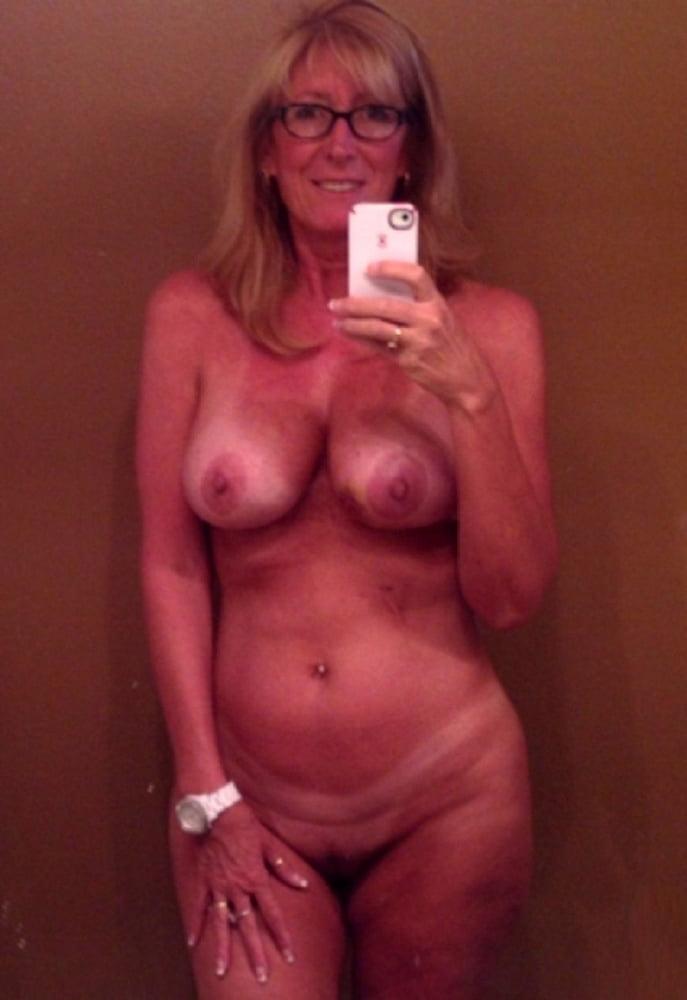 older-women-self-shot-nudes-sex-goddess