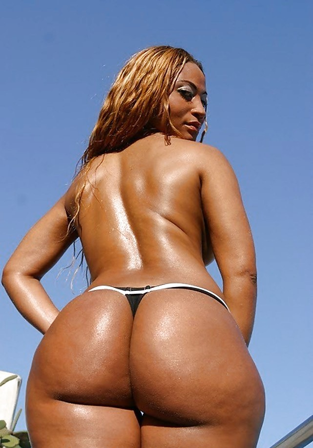 Nude big black brazilian booty — img 5