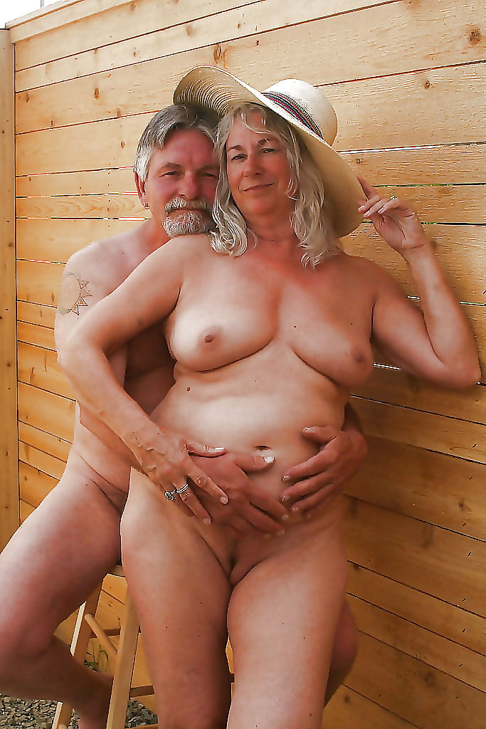 Sexy Nudists Couples Letting It All Hang Out 6 - 31 Pics -7140