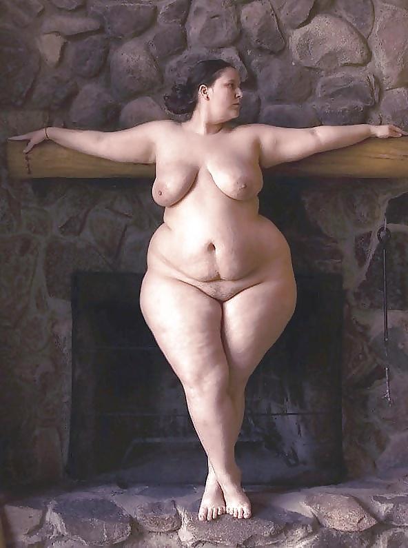 Nude wide hip granny