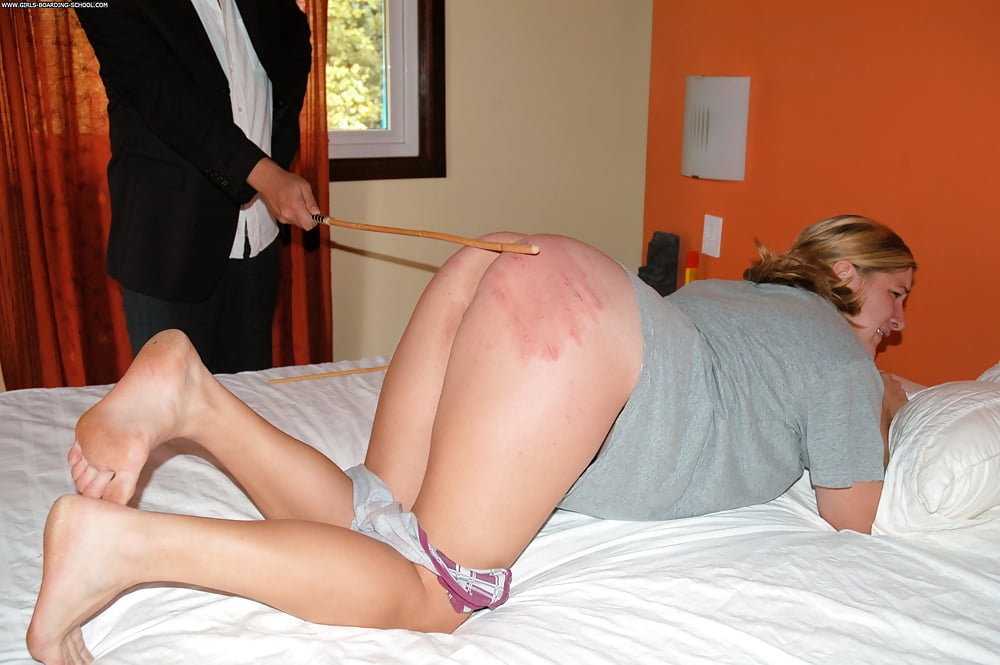 Walk pic spank this girl orgasm how