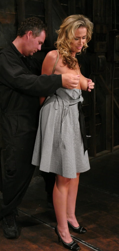 amateur naked boobs