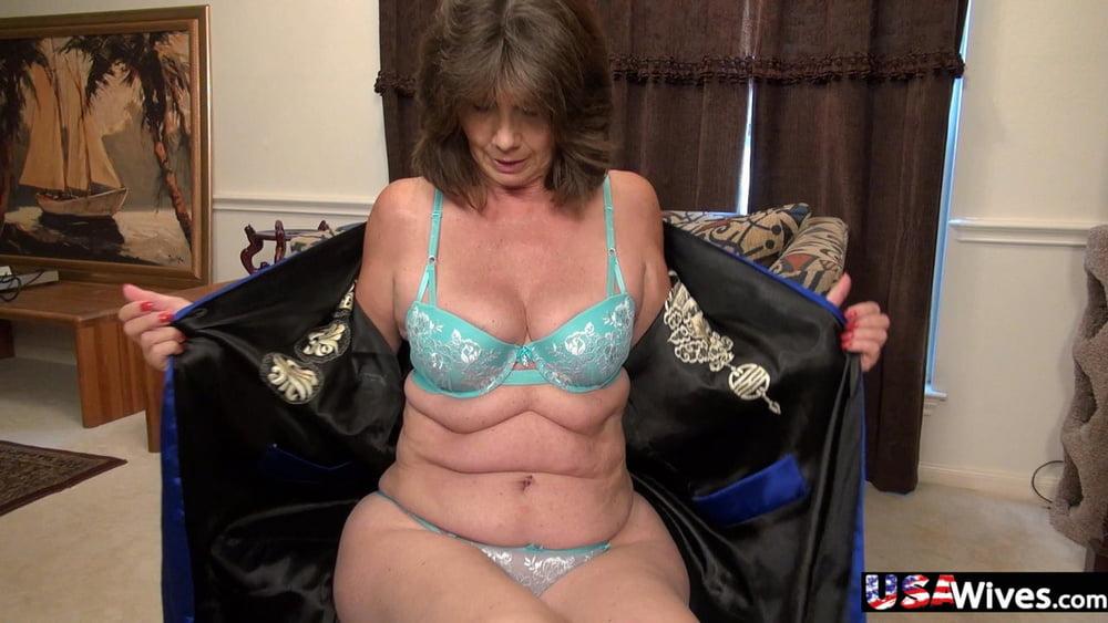 Hot babes with big natural tits-2073