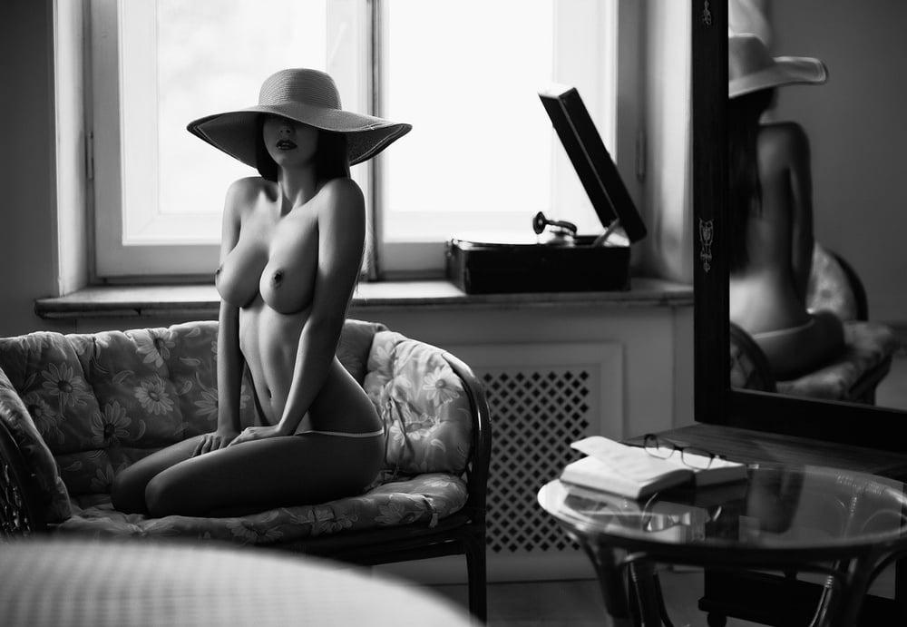 SEXY MONOCHROME HATS for Jole by Nightbird- 34