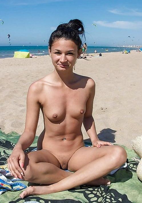 Bikini Beautiful Naked Beach Babes Pic