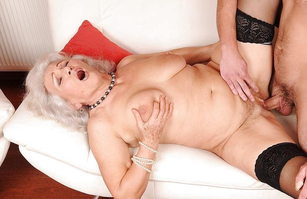 Порно стареньких теток