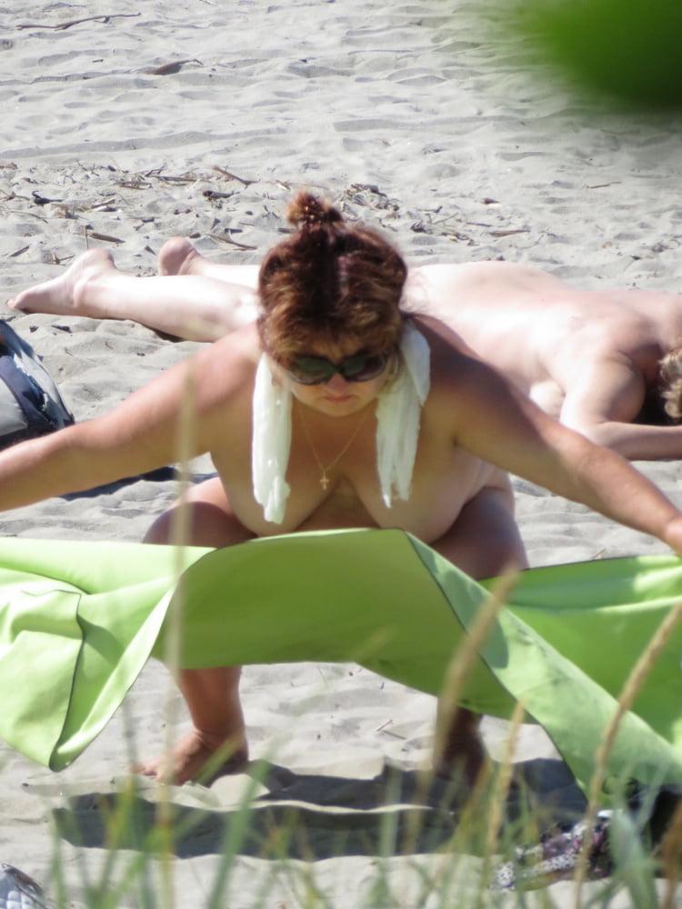Mature naked ladies videos-4371