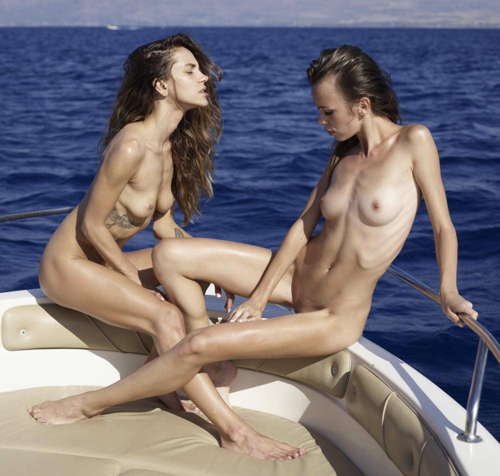 Cruise Ship Hot Girl Nude