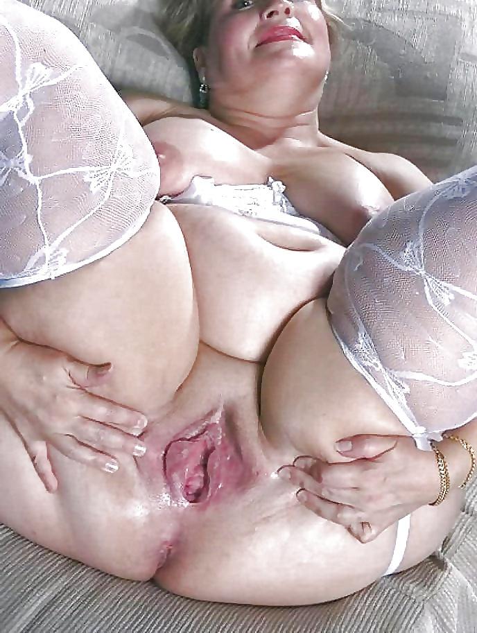 женских взрослая полная женщина с вагиной общем