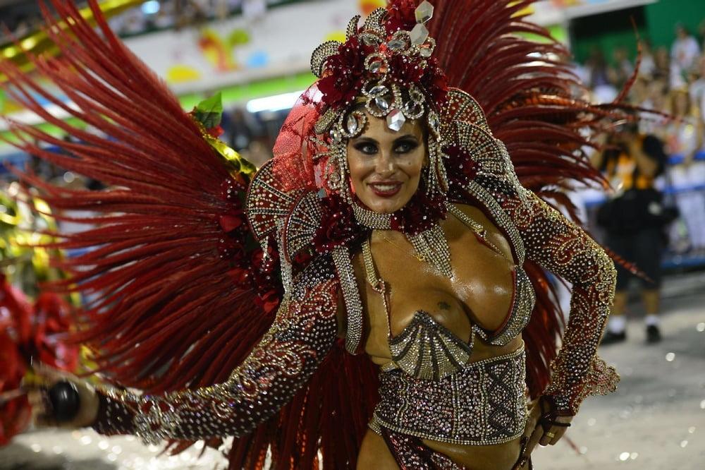 Фото карнавал самые сексуальные девушки #3