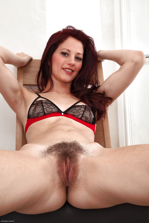 beautiful-mature-hairy-pussy