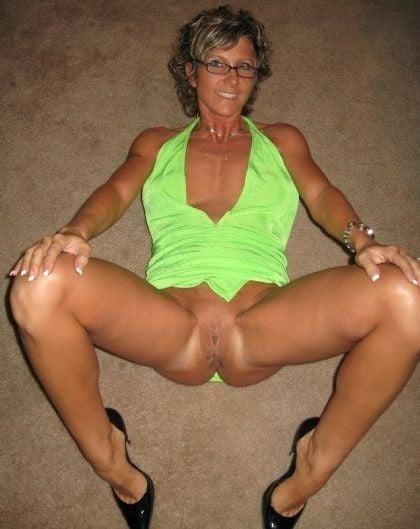 Naked amateur mature pics #1
