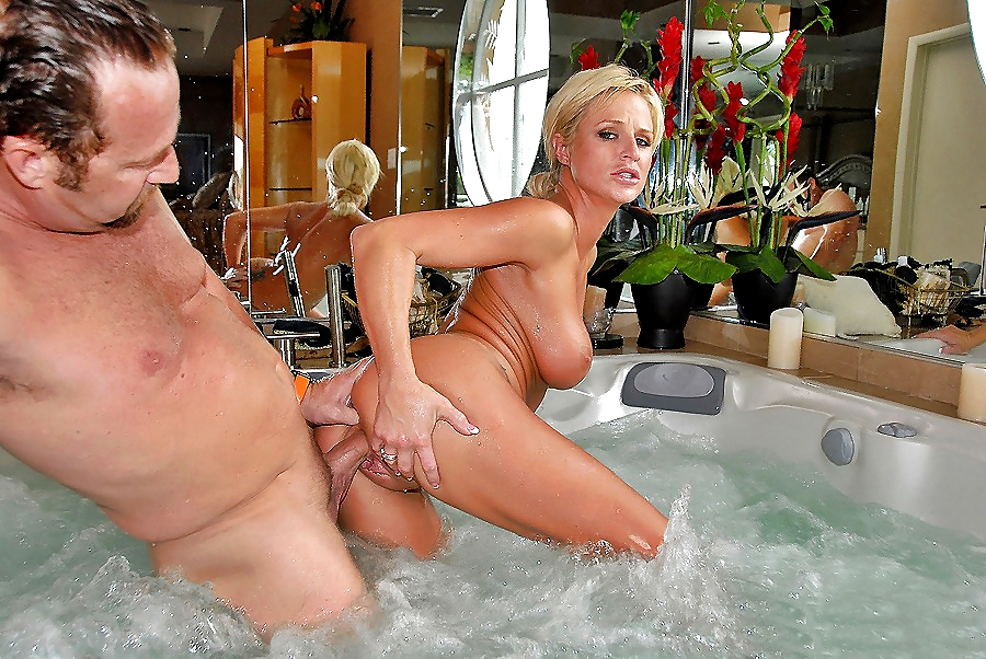 Hot tub porn pic galleries